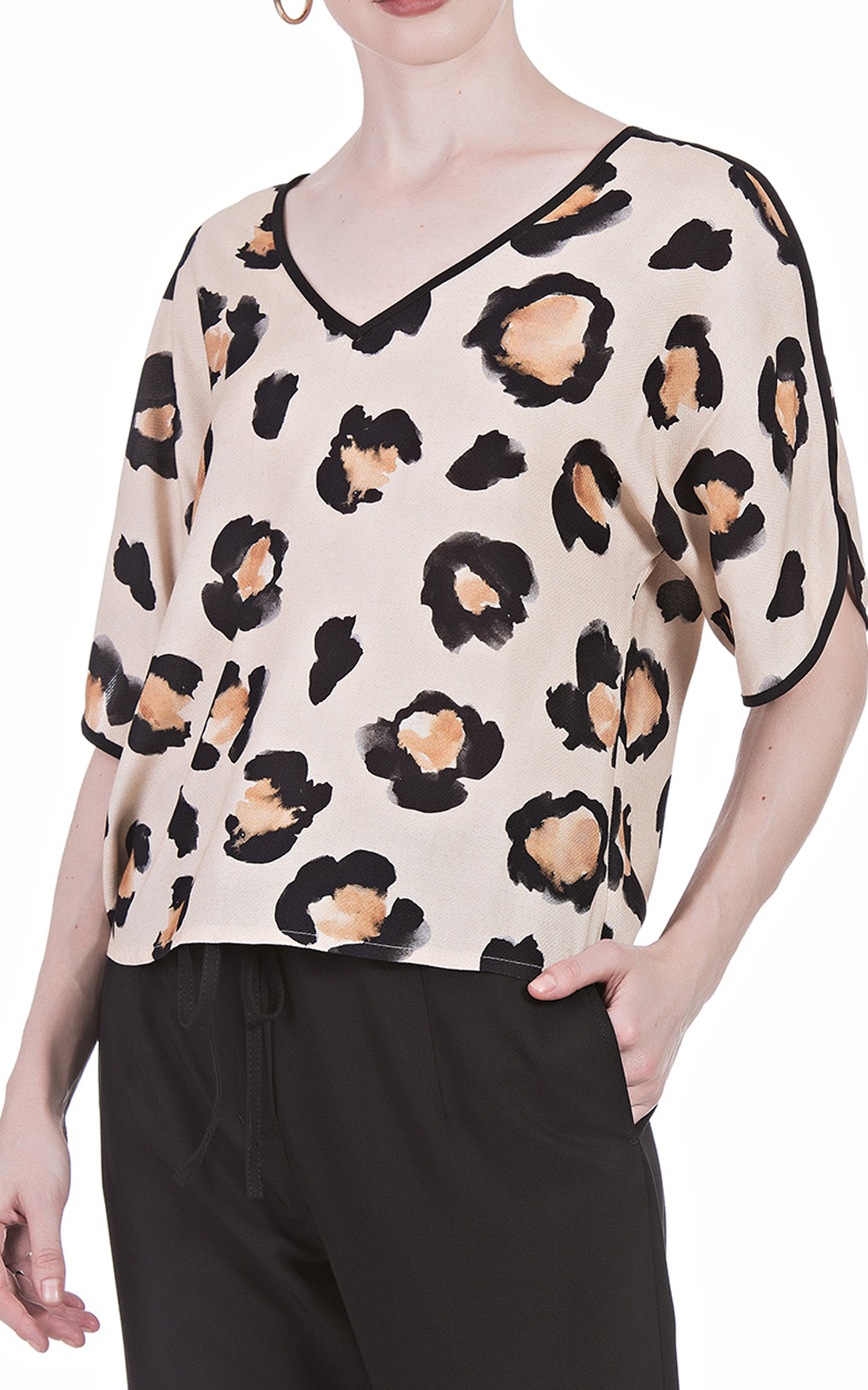 Blusa Nova D Big Leopardo Decote  V